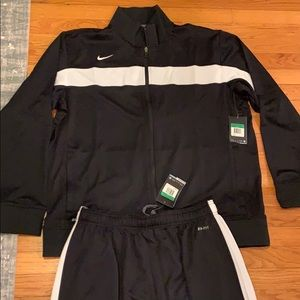 NWT Black Nike track suit XL